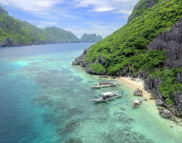 Tropical Island Beach Ambience Sound: A Non-Commercial List Of The Most