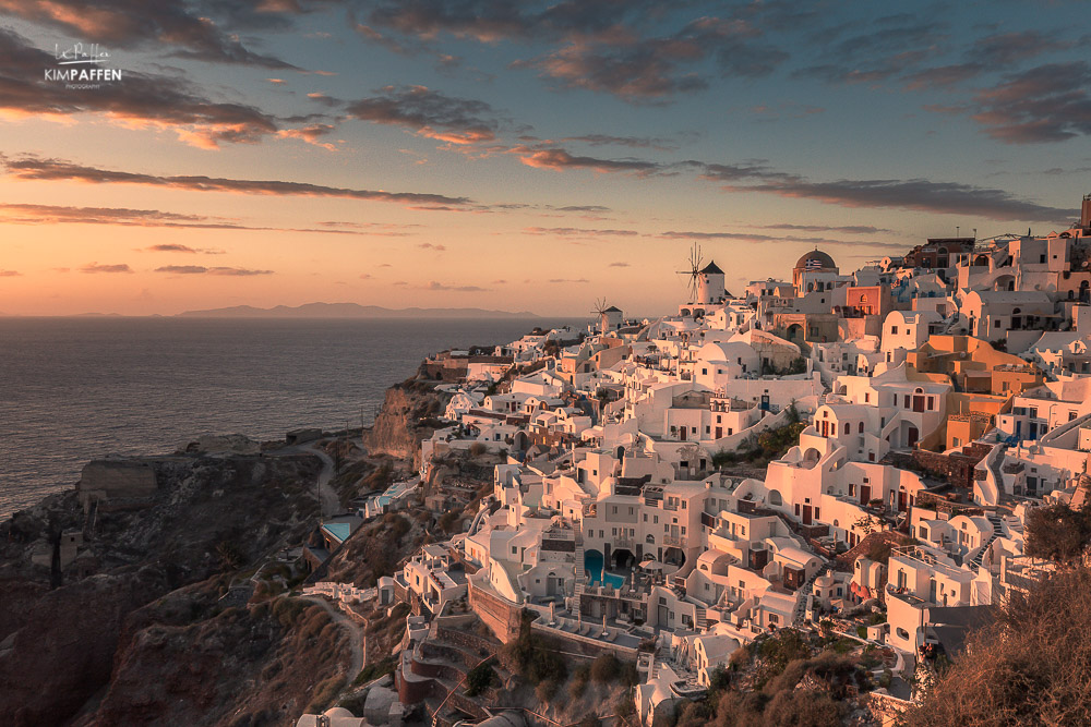 sunset oia castle