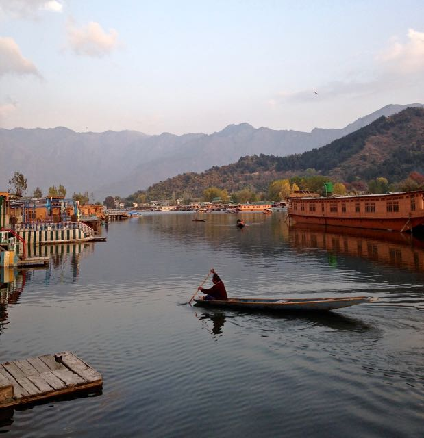 Kashmir Travel Guide And Best Things To Do In Kashmir