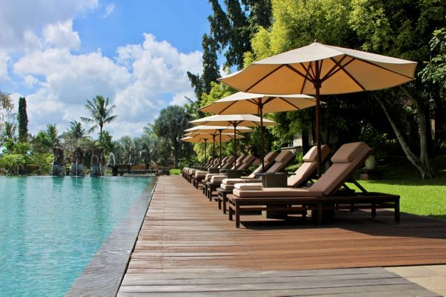 Luxury hotels in ubud the chedi club tanah gajah www for Top hotels in ubud bali