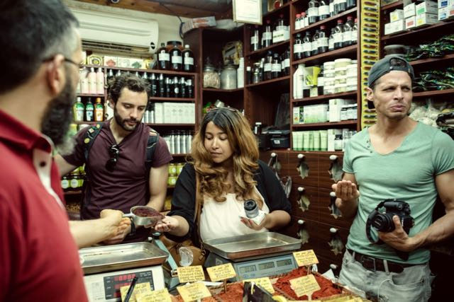 what to do in israel bazaar