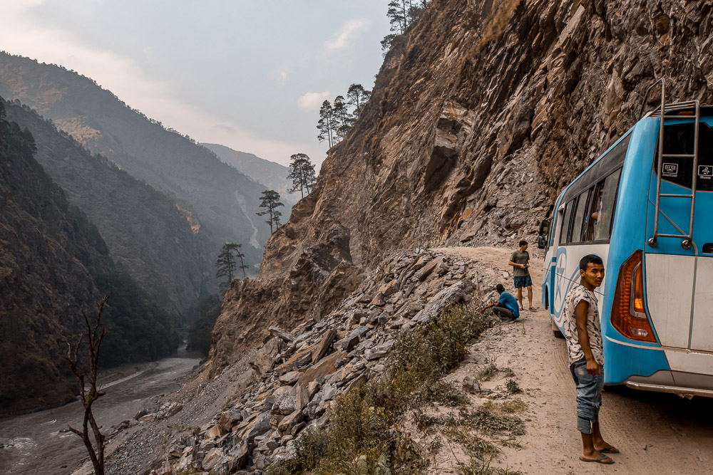 how to get to langtang valley