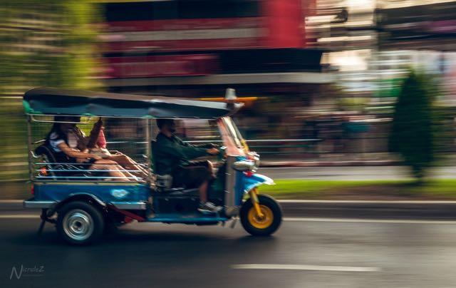 thailand tips tuktuk