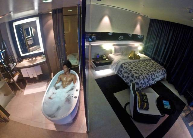 A Taste Of Luxury In The W Hotel Bangkok Traveltomtom Net