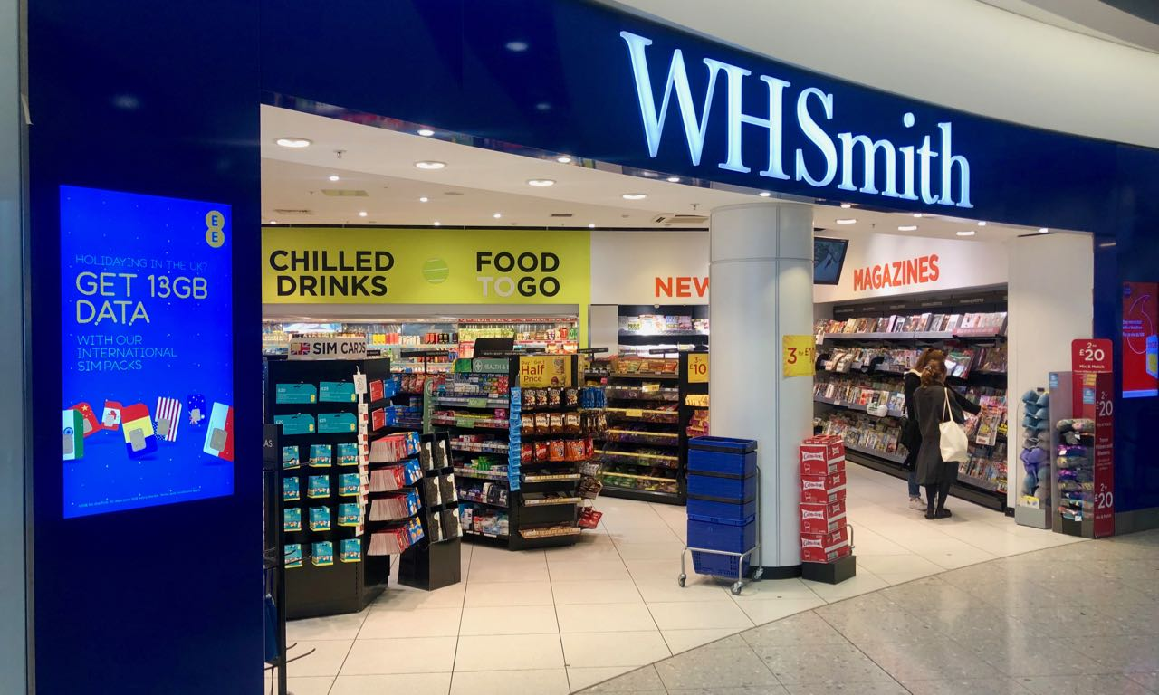 wh smith london heathrow